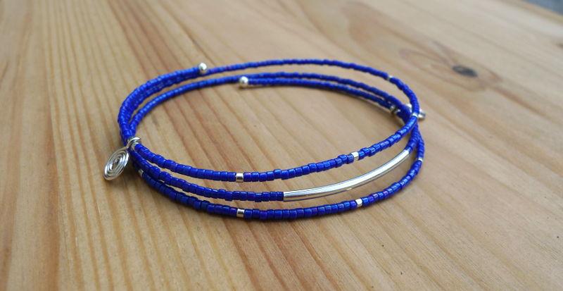 bracelet mémoire bleu cobalt