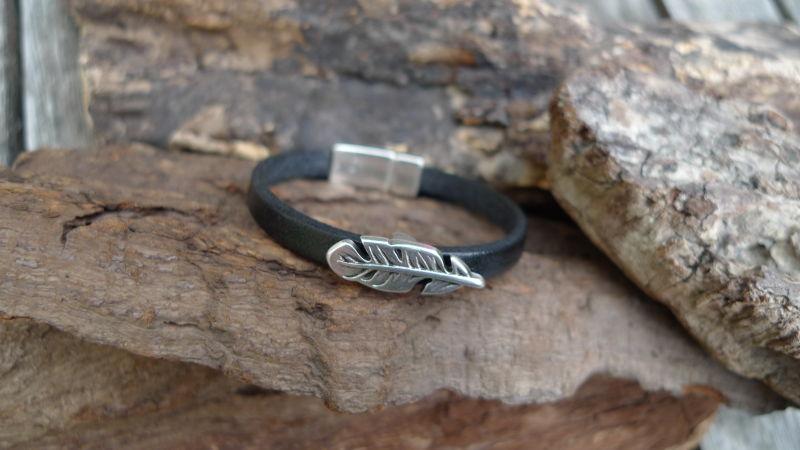 bracelet-cuir-plume
