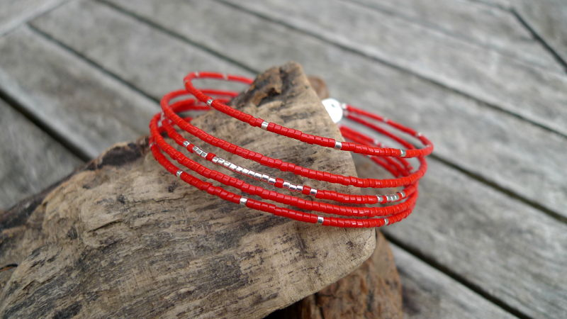 bracelet-memoire-rouge-argente-WP