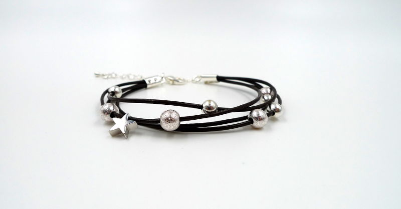 barcelet-cuir-brun-etoile-argentee-wp